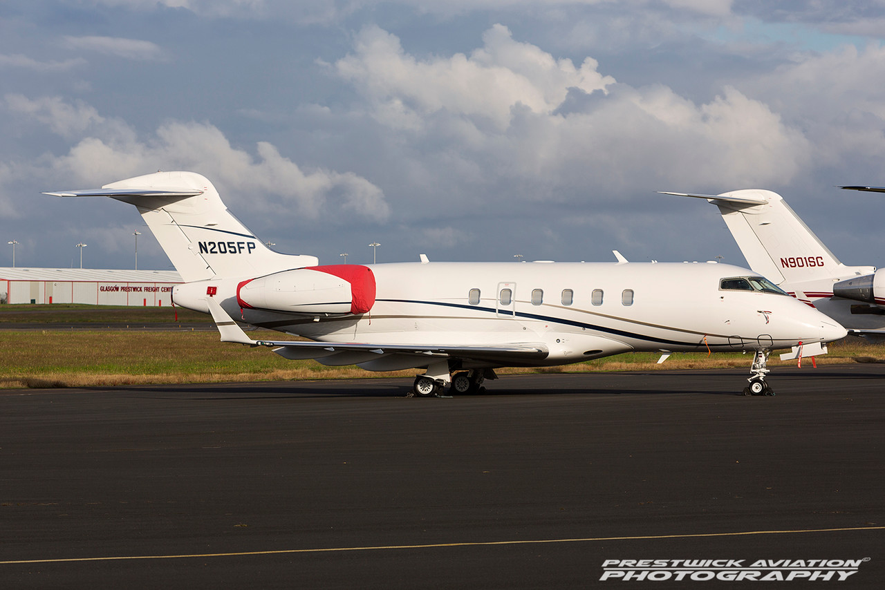 N205FP. Bombardier Challenger 300. Private. Prestwick. 130716.
