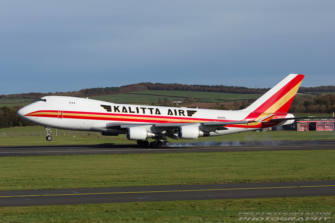 N402KZ. Boeing 747-481(F). Kalitta Air. Prestwick. 021116.