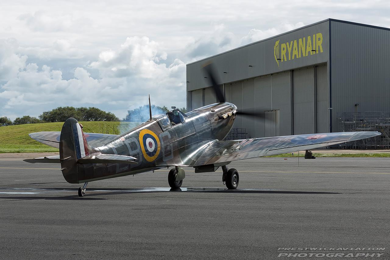 P7350. Supermarine Spitfire MK11A. BBMF. Prestwick. 040916.