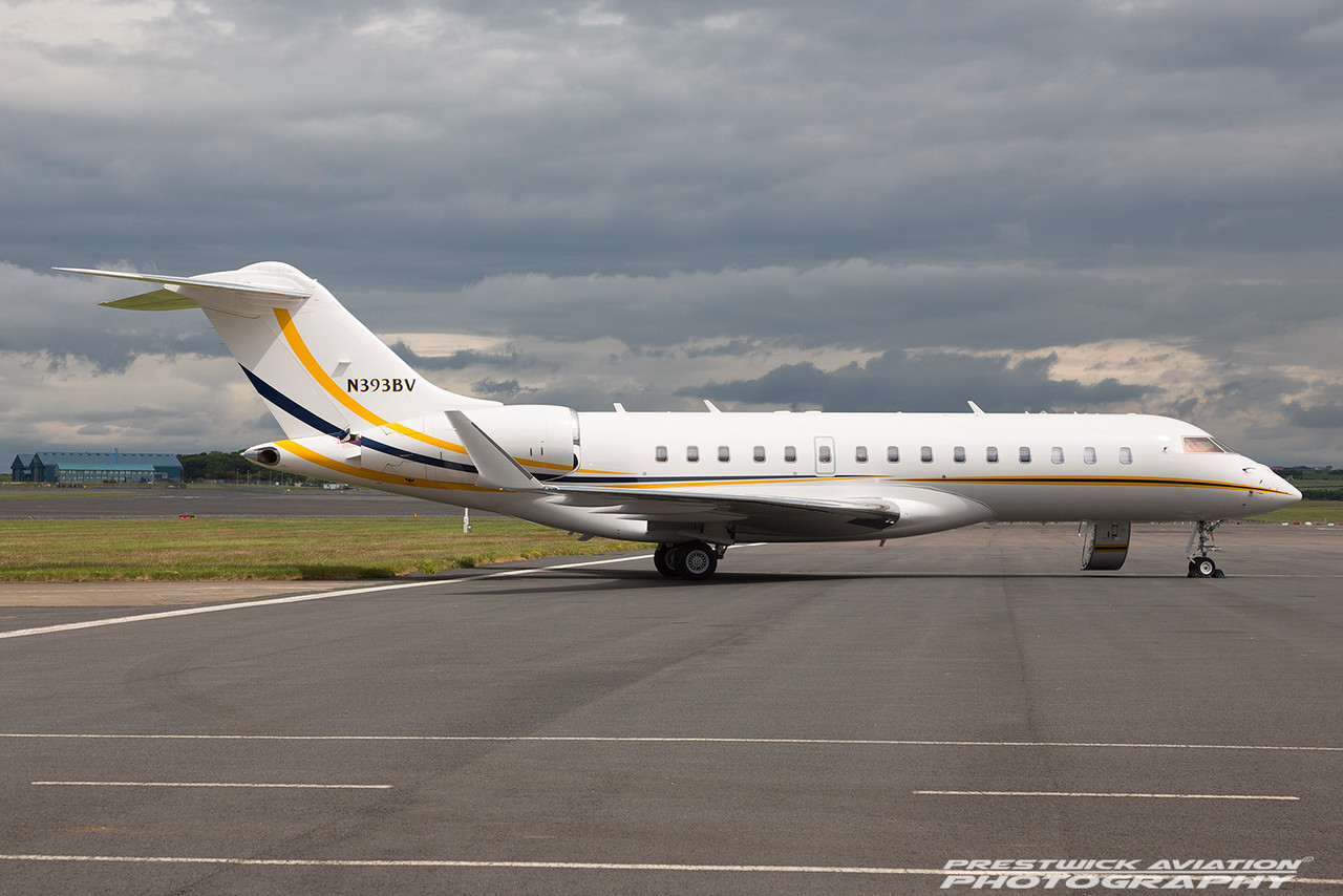 N393BV.  Bombardier BD-700-1A10 Global Express XRS. Private. Prestwick. 170616.