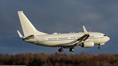 02-0042. Boeing C-40B. USAF. Prestwick. 201118.