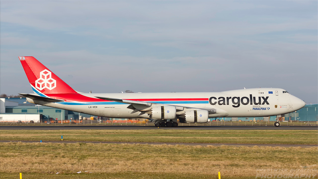LX-VCH. Boeing 747-8R7F/SCD. Cargolux. Prestwick. 230218.