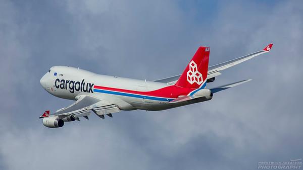 LX-UCV. Boeing 747-4R7F/SCD. Cargolux. Prestwick. 290818.