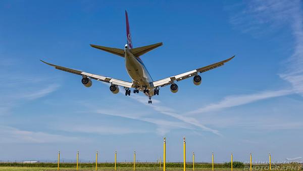 LX-VCB. Boeing 747-8R7F/SCD. Cargolux. Prestwick. 020718.