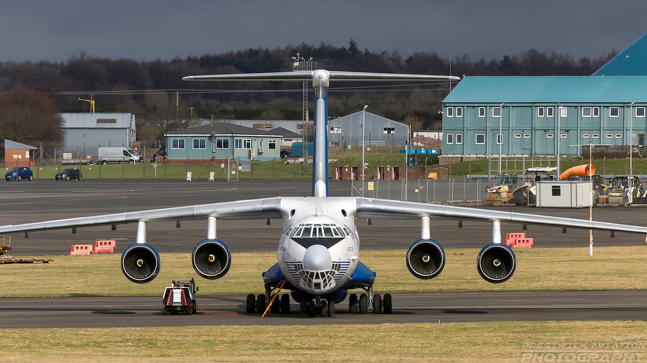 4K-AZ100. Ilyushin IL-76TD-90VD. Silkway Airlines. Prestwick. 140218.