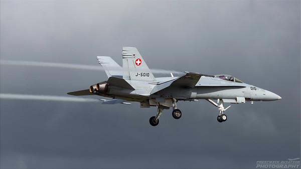 J-5010. McDonnell Douglas FA-18C Hornet. Swiss Air Force. Prestwick. 020918.