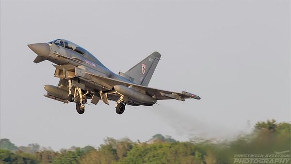ZJ807. Eurofighter Typhoon T.1. RAF. Prestwick. 240518.