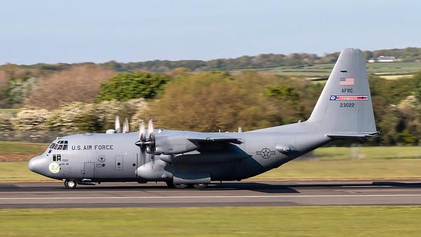 92-3022. Lockheed C-130H Hercules. USAF. Prestwick. 140519.
