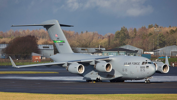 00-0220. Boeing C-17A Globemaster III. USAF. Prestwick. 070219.