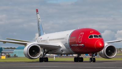 LN-LNH.  Boeing 787-9 Dreamliner. Norwegian. Prestwick. 200819.