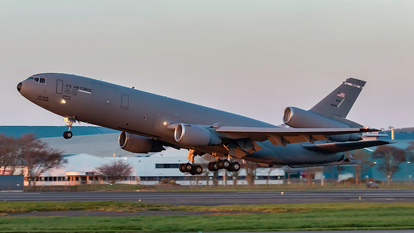 79-1946. McDonnell Douglas KC-10A Extender. USAF. Prestwick. 100418.