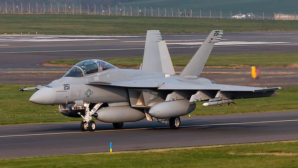 169653. McDonnell Douglas F/A-18F Super Hornet. US Navy. Prestwick. 240419.