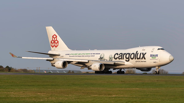 LX-ECV. Boeing 747-4HQF(ER). Cargolux. Prestwick. 080419.