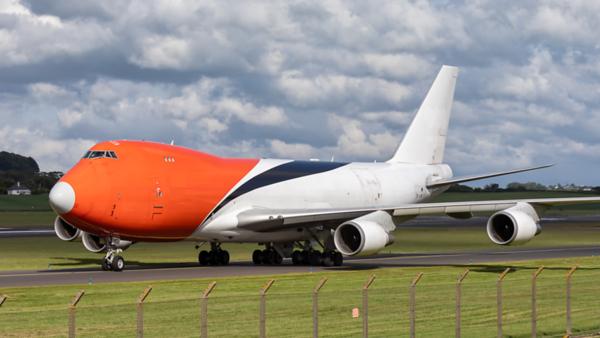 LX-MCL. Boeing 747-4HAERF. Cargolux. Prestwick. 020619.