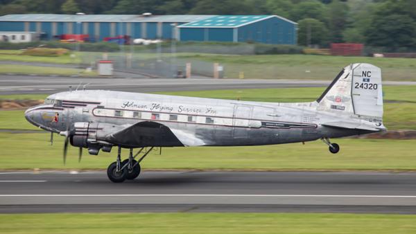 NC24320. Douglas DC-3A. Private. Prestwick. 180619.