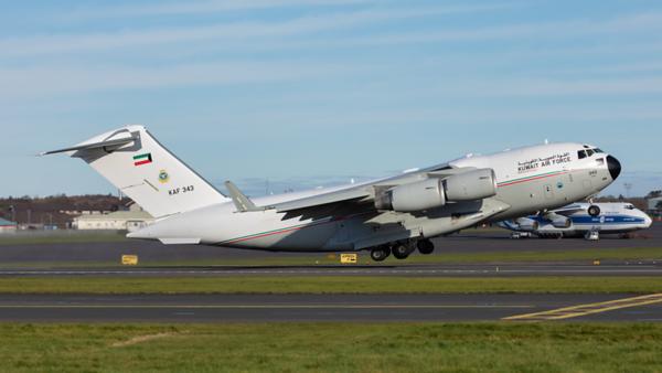 KAF 343. Boeing C-17A Globemaster III. Kuwait Air Force. Prestwick. 101119.