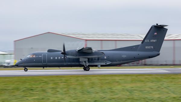 16-0276. De Havilland DHC-8-200 Dash 8. US Army. Prestwick. 271119.