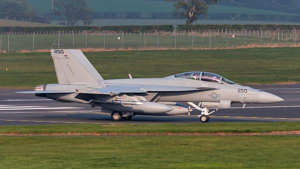 169654. McDonnell Douglas F/A-18F Super Hornet. US Navy. Prestwick. 240419.