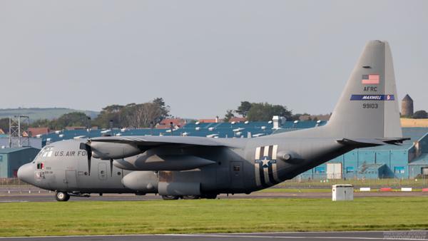 89-9103.  Lockheed C-130H Hercules. USAF. Prestwick. 110820.