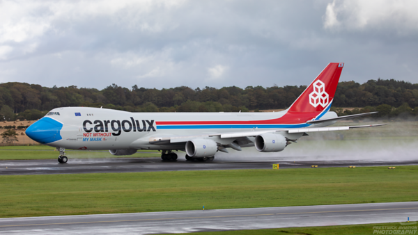 LX-VCF. Boeing 747-8R7F/SCD. Cargolux. Prestwick. 110920.