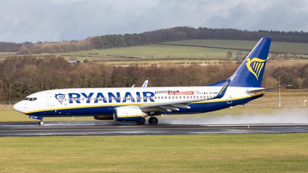 EI-EMN. Boeing 737-8AS. Ryanair. Prestwick. 100320.