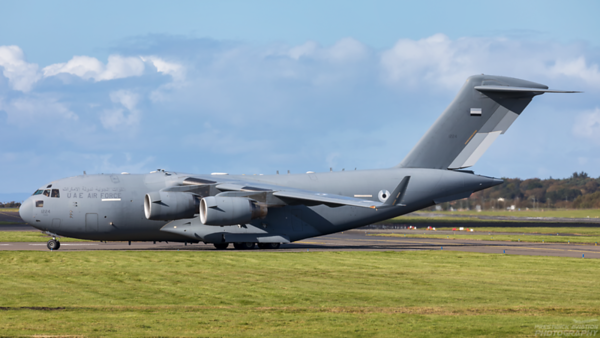 1224. Boeing C-17A Globemaster III. UAE Air Force. Prestwick. 011020.