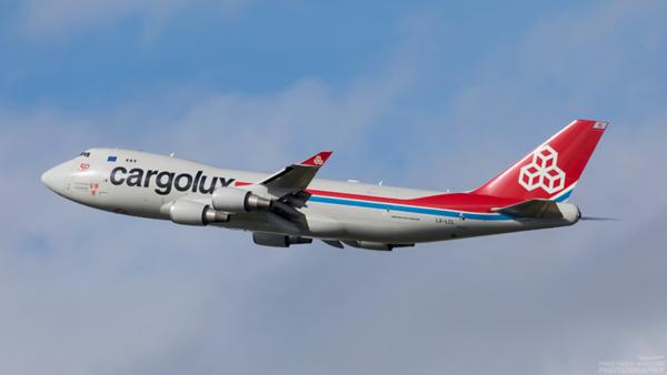 LX-LCL. Boeing 747-4HAF(ER). Cargolux. Prestwick. 020820.