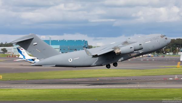 1228. Boeing C-17A Globemaster III. UAE Air Force. Prestwick. 280820.