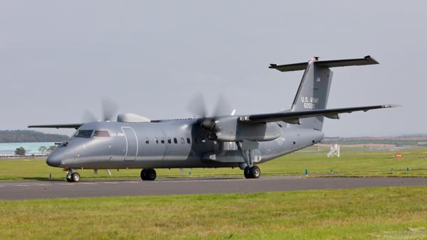 16-0590. Bombardier Dash 8-300. US Army. Prestwick. 100820.