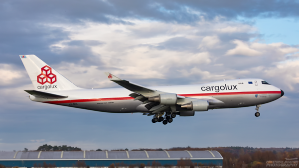 LX-NCL. Boeing 747-4EVF(ER). Cargolux. Prestwick. 091120.