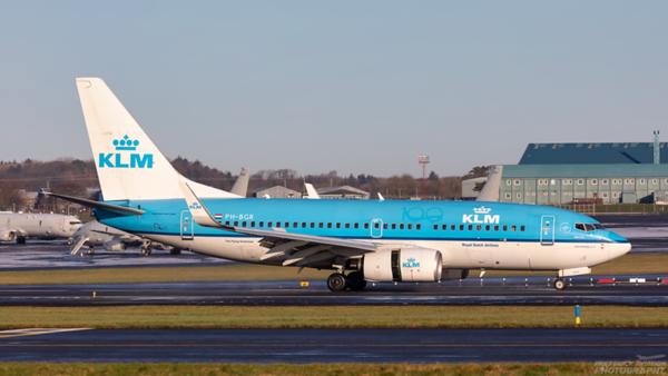 PH-BGR. Boeing 737-7K2. KLM. Prestwick. 060121.