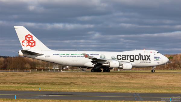 LX-ECV. Boeing 747-4HQF(ER). Cargolux. Prestwick. 050321.