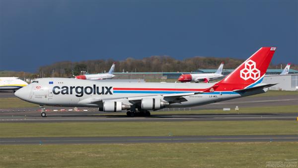 LX-MCL. Boeing 747-4HAERF. Cargolux. Prestwick. 110421.