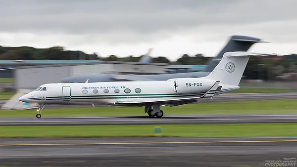 5N-FGS. Gulfstream 5. Nigerian Air Force. Prestwick. 110921.