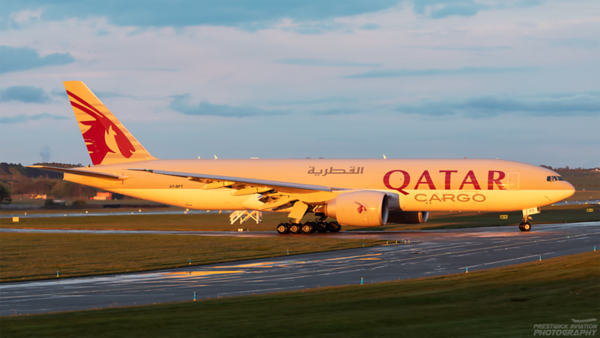 A7-BFT. Boeing 777-FDZ. Qatar Cargo. Prestwick. 160521.