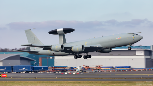 ZH101. Boeing E-3D Sentry AEW1. RAF. Prestwick. 010321.