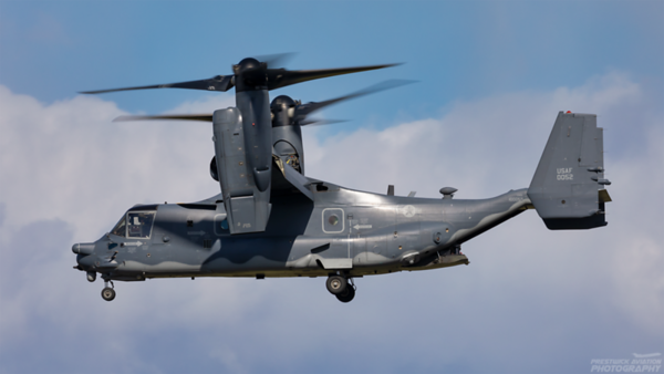 100052. Bell Boeing MV-22B Osprey. USAF. Prestwick. 060421.
