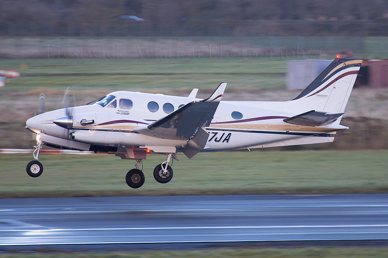 N747JA. Beech C-90 King Air. Private. Prestwick. 011112.