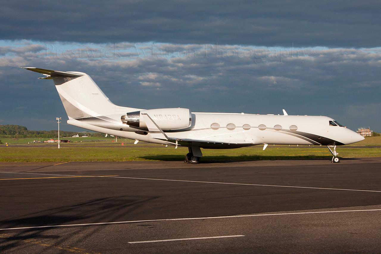N842PA. Gulfstream Aerospace Gulfstream IV. Private. Prestwick. 030613.