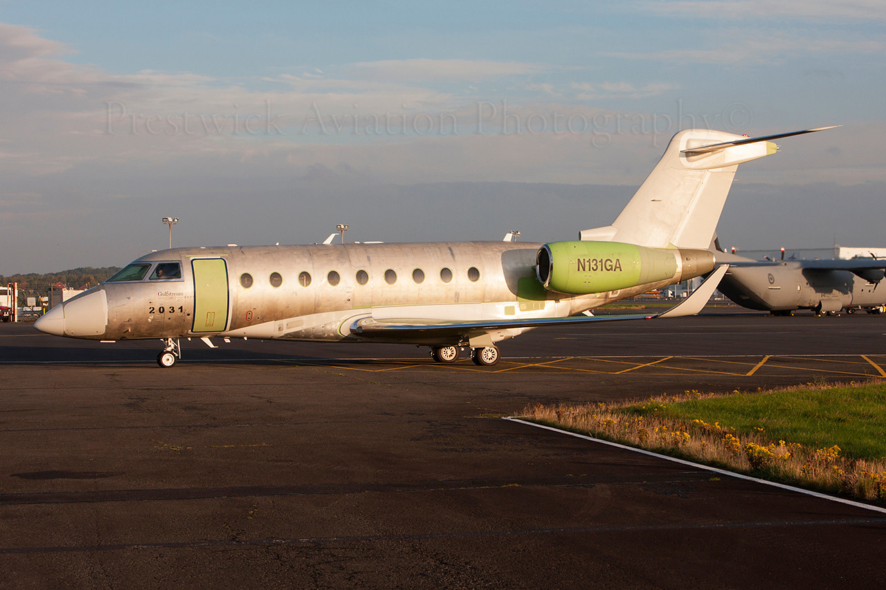 N131GA. Gulfstream Aerospace G550. Private. Prestwick. 141013.