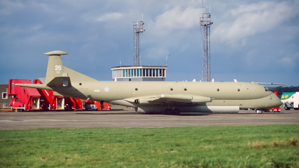 XV226. Hawker Siddeley Nimrod MR1 (801). RAF. Prestwick. October. 1997.