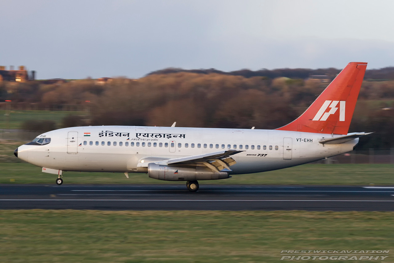 VT-EHH. Boeing 737-2A8(A). Indian Airlines. Prestwick. 190307.