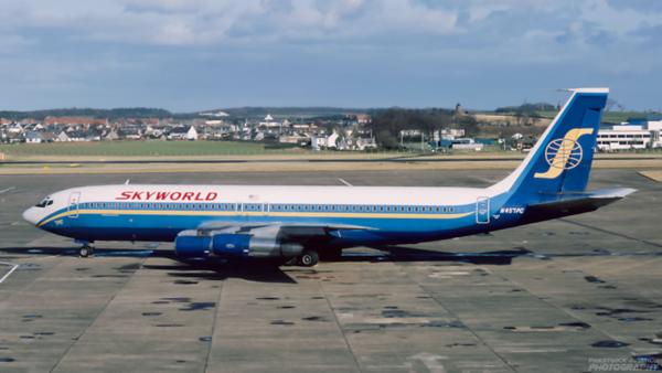 N457PC. Boeing 707-323B. Skyworld. Prestwick. 1980`s.
