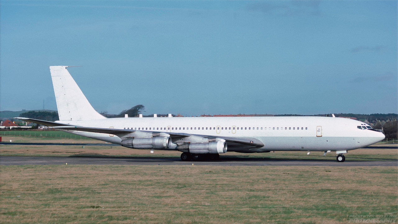 4X-JYB. Boeing 707-3H7C Re'em. Israeli Air Force. Prestwick. February 1992.