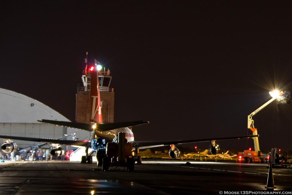 http://www.moose135photography.com/Airplanes/QANTAS-707/i-RqfvPQH/0/XL/JM20111028PanAm001-XL.jpg