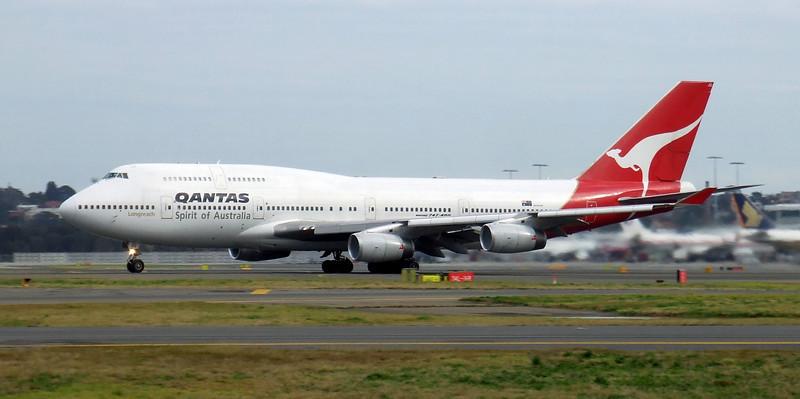 Qantas Boeing 747-400 VH-OJQ