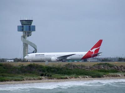 Qantas Boeing 767-300 VH-OGR