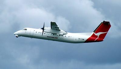 Qantaslink Bombardier Dash 8-300 VH-TQM