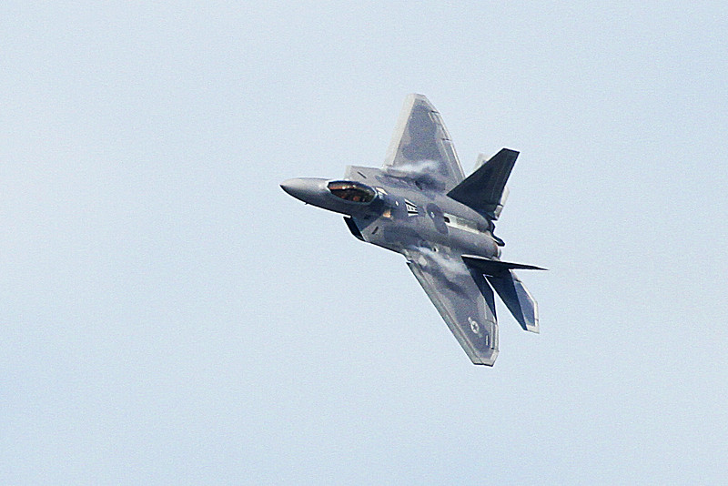 US Air Force F-22 Raptor Demo Team at the 2014 Quad City Air Show