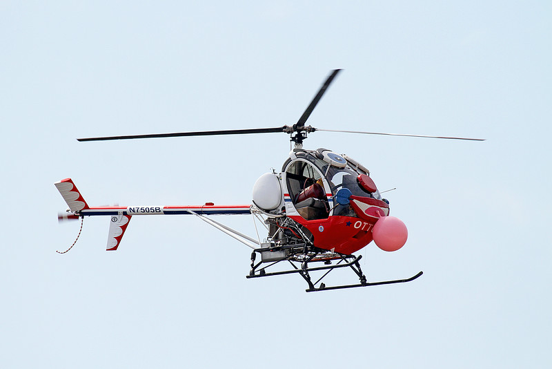 Roger Buis and Otto the Helicopter (2013 Performer of the Year) at the 2014 Quad City Air Show